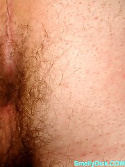 Getting sated jizz from a smelly cock feels so good